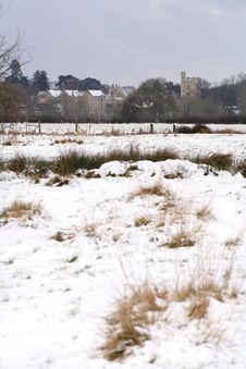 Free Snow And The Manor House Stock Photography - 8031962