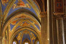 Free Santa Maria Sopra Minerva Cathedral Interior Stock Images - 8032614