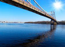 Free Bridge Over Blue River Royalty Free Stock Photos - 8033038