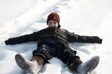 Free A Boy In Snow Royalty Free Stock Images - 8033169