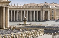 Free St. Peter Square Royalty Free Stock Photos - 8033798