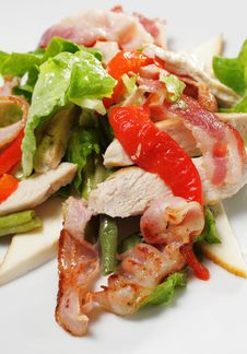 Free Salad With Meat And Vegetable Stock Photography - 8034382