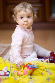 Free Little Girl Royalty Free Stock Images - 8035839