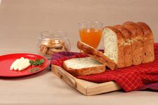 Free Bread Slices For Breakfast Stock Photos - 8039033