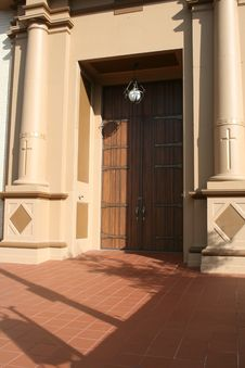 Free Beautiful Church Entry Royalty Free Stock Photos - 8040818