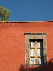 Free Window Set In Burnt Sienna Coloured Wall Stock Photo - 8041060