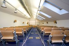 Free Empty Classroom Royalty Free Stock Images - 8044119