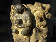 Free Stone Carvings Of Monkey Royalty Free Stock Image - 8044286