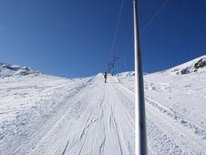 Free Ski Lift Royalty Free Stock Photo - 8044395