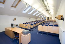 Free Empty Classroom Royalty Free Stock Images - 8044659