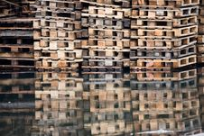 Free Shipping Pallets On Water Royalty Free Stock Photo - 8044715