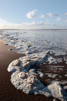 Free Coastal Waves Royalty Free Stock Photography - 8044757
