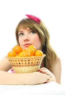Free Beautiful Dreamy Girl With Tangerines Royalty Free Stock Photography - 8050507