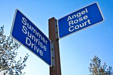 Free Street Signs Royalty Free Stock Image - 8050736