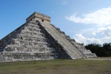 Free Chichen Itza Pyramid Stock Photography - 8051222