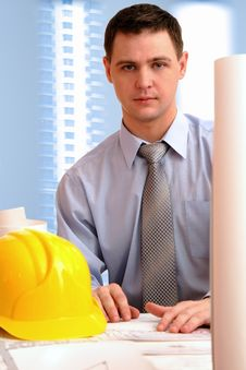Free Young Architect In Office Royalty Free Stock Images - 8051569