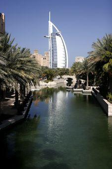 Free Burj Al Arab Hotel Royalty Free Stock Photo - 8056365