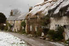 Free Cottages In The Snow Stock Images - 8060254