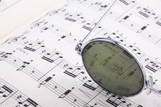 Eyeglasses With Music Notes Royalty Free Stock Photography