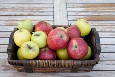 Free Apples In A Basket Stock Photos - 8063393