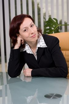 Free Portrait Of A Business Woman In The Office Royalty Free Stock Photography - 8063797