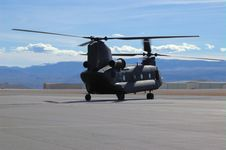 CH-47 Taxiing Royalty Free Stock Photography