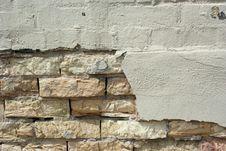 Free Crumbling Brick Wall Royalty Free Stock Images - 8065669