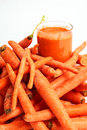 Free Carrot Juice And Carrots Stock Photography - 8073232