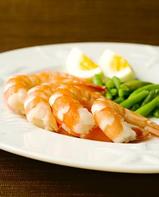 Delicious Salad Of Shrimps Stock Photography