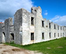 Free Destroyed Building Royalty Free Stock Image - 8072866