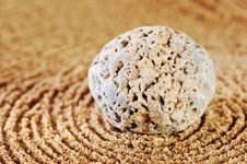 Free Circles On Sand Stock Images - 8073004