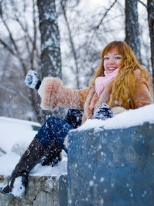 Free Winter Girl Royalty Free Stock Images - 8073459