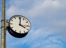 Free Classic Clock  On Blue Sky Stock Photography - 8073762