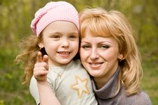 Free Mum And Daughter Royalty Free Stock Photo - 8078275
