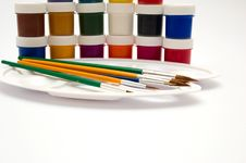 Free Paints And Brushes Stock Image - 8084281