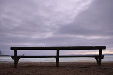 Free Park Bench Royalty Free Stock Photography - 8087197