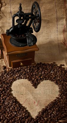 Free Offee Grinder And Heart Shape Made From Coffee Stock Image - 8089251
