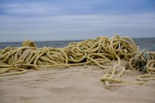 Free Rope On The Beach Royalty Free Stock Images - 8089409