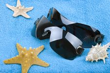 Free Sunglasses And Starfish Stock Photo - 8089700
