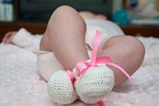 Free Hand-made Baby S Bootees Royalty Free Stock Photo - 8093085