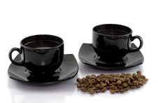 Free Two Cups And Coffee Beens Royalty Free Stock Photography - 8093307