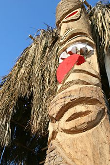 Free Peruvian Totem Pole Stock Photography - 8094182