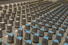 Free Knobs On Sound Mixer Royalty Free Stock Photography - 8094987