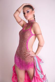 Free Attractive Dancer Girl Royalty Free Stock Images - 8096539