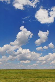 Free Cloudscape Royalty Free Stock Photography - 8097957