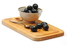 Free Olive In White Cup Royalty Free Stock Photo - 8097985