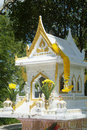 Free White And Gold Spirit House In Thailand Royalty Free Stock Images - 811529