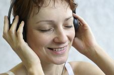Free Headphones Royalty Free Stock Photo - 818665