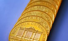 Free Gold Ounces Royalty Free Stock Photography - 8101957
