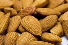 Free Many Nuts Almonds Royalty Free Stock Image - 8104106